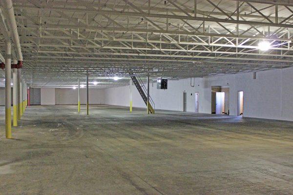 350-390 N. Pennsylvania Avenue_Interior_Warehouse (6)